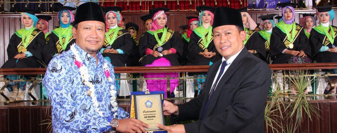Ketua Yayasan Bersama Bupati Pasuruan